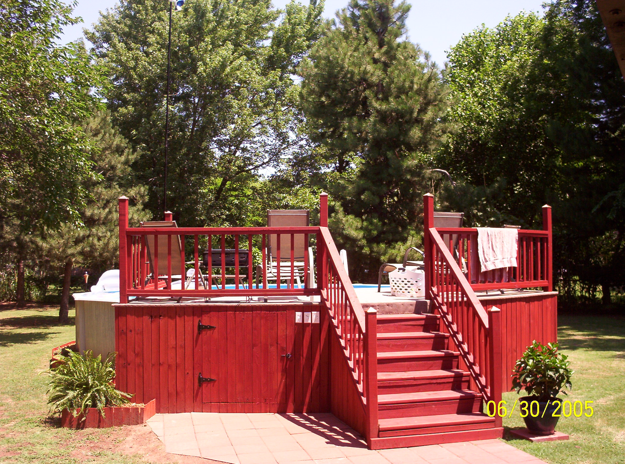 Pool U0026 Backyard Designs: Above Ground Pool Decks Red Fence, Above Groun Pool  Deck, Above Ground Decks Around Pool,
